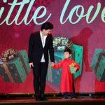 Thần đồng Evan Le biễu diễn Piano bài Diễm Xư Của Trịnh Công Sớn trên phố đi bộ Nguyễn Huệ Sài Gòn sd