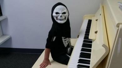 Evan Le – Happy Halloween