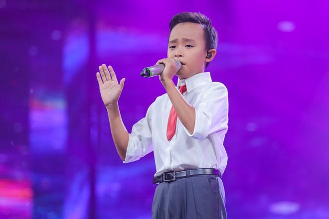 Hồ Văn Cường Idol Kid – HÁT ĐÁM CƯỚI KIẾM TIỀN PHỤ MẸ
