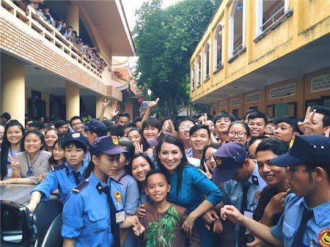 Phi Nhung vui mừng khi Hồ Văn Cường được học trường chuyên ở TPHCM – Tin tức của sao