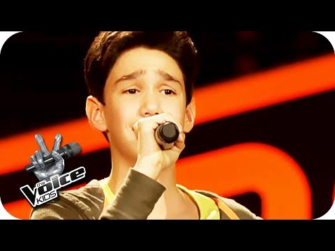 Roger Cicero –  in diesem Moment (Leon) | The Voice Kids 2017 | Blind Auditions | SAT.1