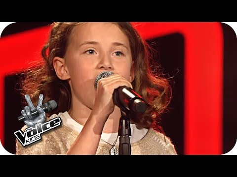 Josh Groban – You Raise me Up (Chiara) | The Voice Kids 2017 | Blind Auditions | SAT.1