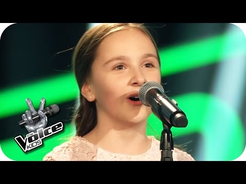 Édith Piaf – Non, Je Ne Regrette Rien (Sofie) | The Voice Kids 2017 | Blind Auditions | SAT.1