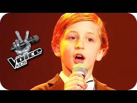 Max Raabe – Küssen kann man nicht alleine (Nestor) | The Voice Kids 2015 | Blind Auditions | SAT.1