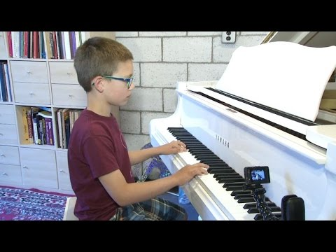 Little Big Shots: 7-year-old piano player Max Hickey