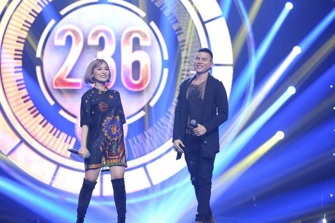 Nhạc hội song ca: Mang hit Cô gái mét 52 lên sân khấu, Kay Trần chiến thắng Mr.T với số điểm sát nút - Ảnh 7.
