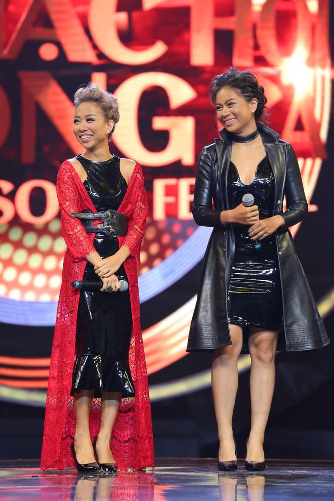 Nhạc hội song ca: Mang hit Cô gái mét 52 lên sân khấu, Kay Trần chiến thắng Mr.T với số điểm sát nút - Ảnh 9.