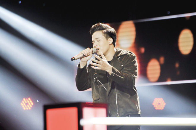 Giọng hát Việt: Hot boy Samuel An đi tiếp dù bị hạn chế trong cách phát âm tiếng Việt - Ảnh 9.