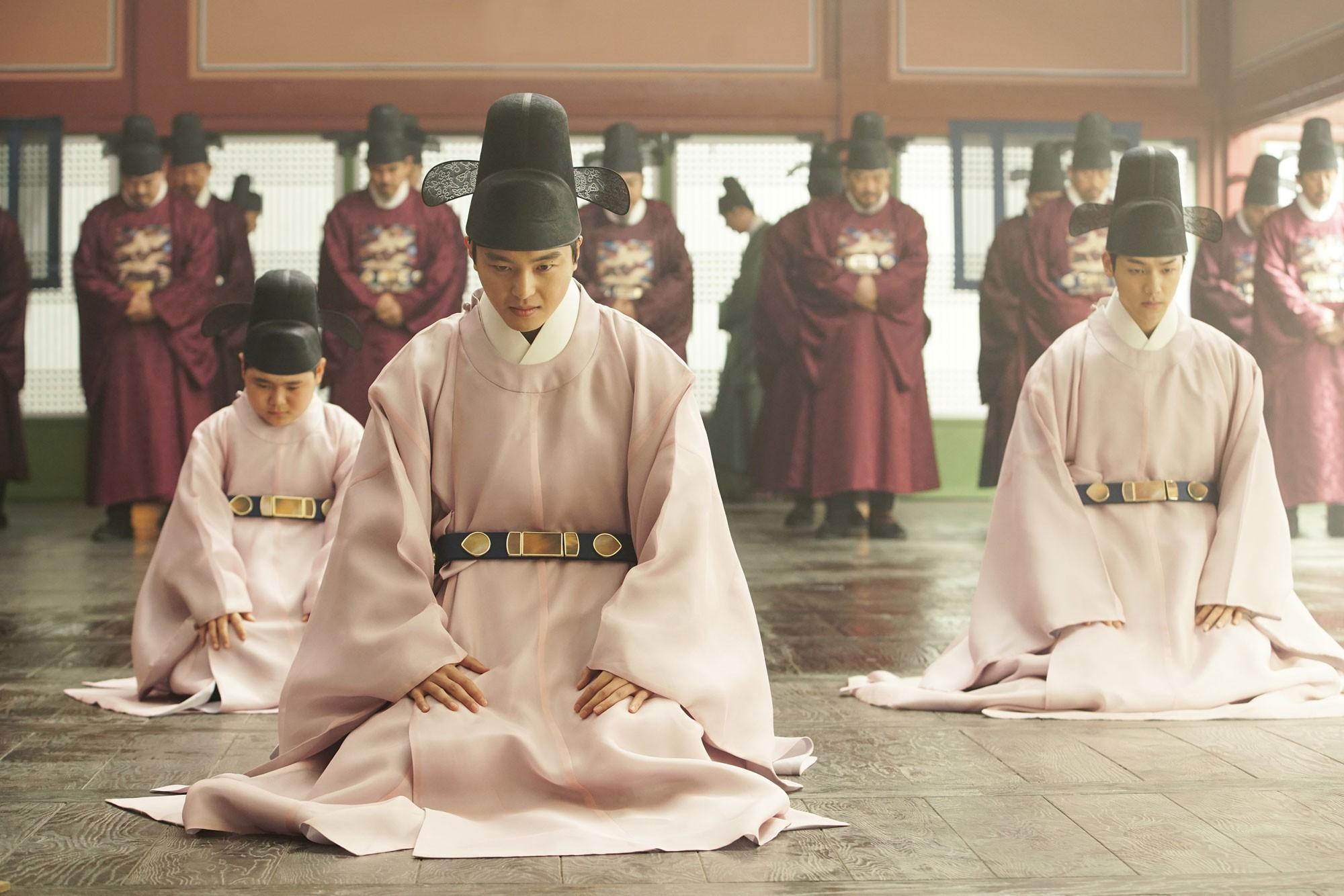 Phim mới của Lee Seung Gi: Khi con rể quốc dân cũng flop dập mặt vì quá thiếu muối - Ảnh 3.