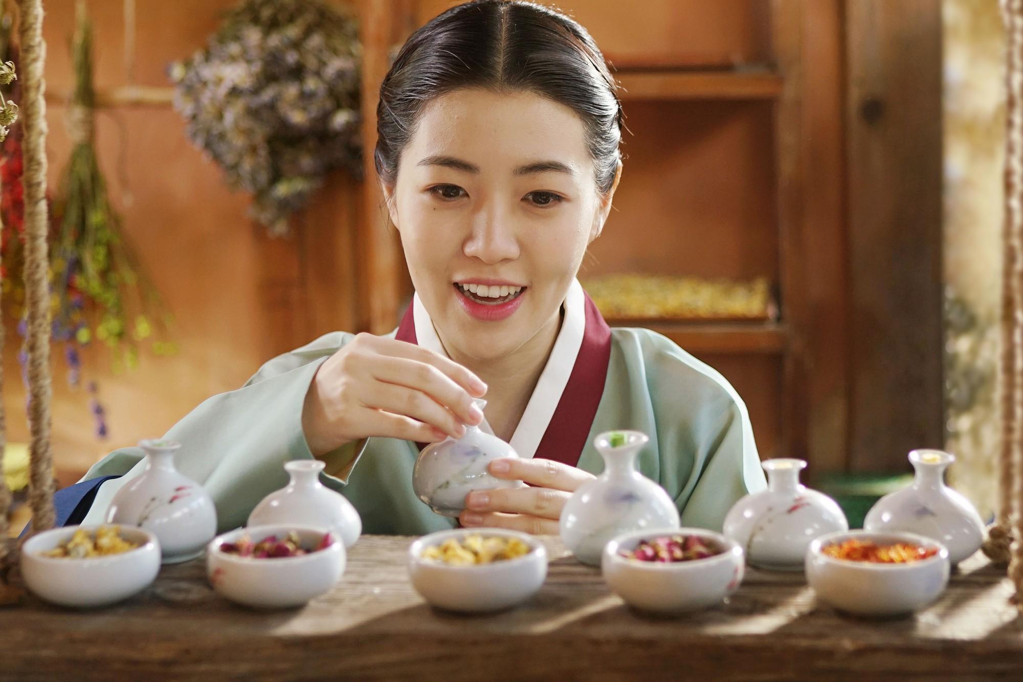 Phim mới của Lee Seung Gi: Khi con rể quốc dân cũng flop dập mặt vì quá thiếu muối - Ảnh 8.
