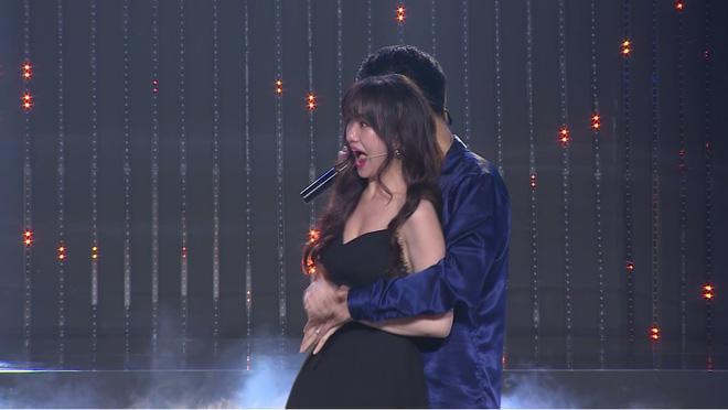 Hết bị Trấn Thành cấm lên show, Hari Won lại nổi điên khi liên tục nghe tên Mai Hồ - Ảnh 3.