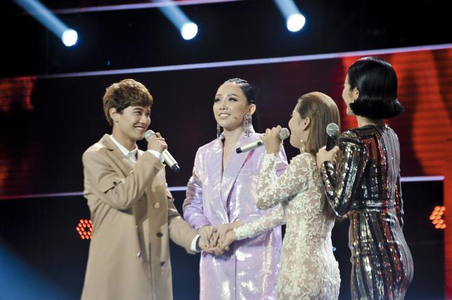Giọng hát Việt: Nhóm đấu 3 của team Noo Phước Thịnh gây ấn tượng mạnh với màn biểu diễn quá xuất sắc - Ảnh 4.