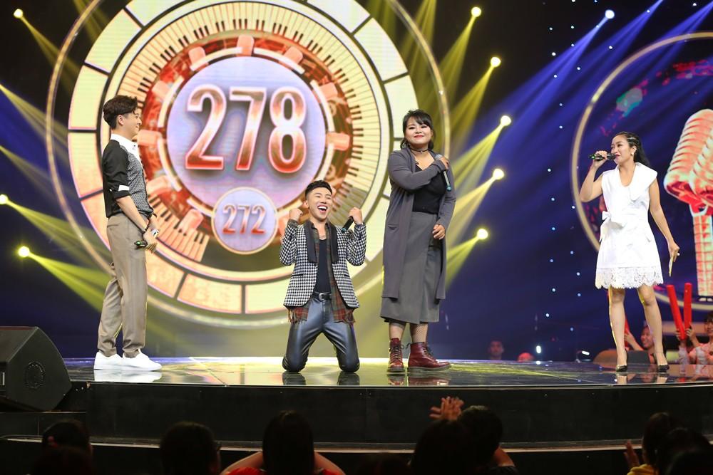 Nhạc hội song ca: Mr.T lấy lại hào quang khi mang siêu hit Thu cuối lên sân khấu - Ảnh 2.