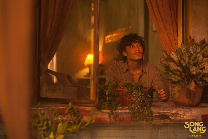 Isaac vướng tình đồng tính với Liên Bỉnh Phát trong Song Lang?1