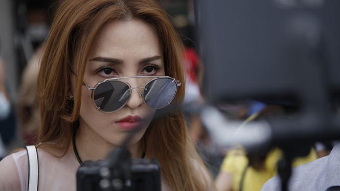 'Lộ mặt': Diễn viên phụ lấn át cặp đôi chính - ảnh 1