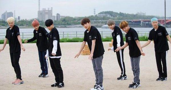 """""""Idol Kpop toàn cầu"""" BTS cũng từng """"bầm dập"""" dưới tay Kim Jong Kook – Tivi Show"""