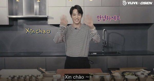 Kai (EXO) trổ tài làm bánh mỳ Việt Nam trong show thực tế mới – Tivi Show