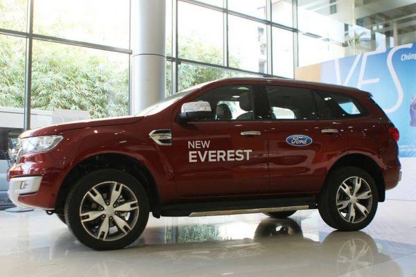 So sánh Ford Everest Trend 2.2 có đủ cạnh tranh Toyota Fortuner 2.4G